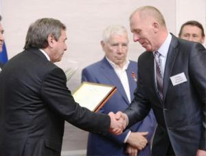 Губернатор наградил лучших аграриев Искитимского района