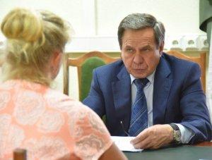 Фельдшеру из д. Харино губернатор лично пообещал отремонтировать сельский ФАП