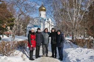 Масленицу для бездомных организовала православная молодежь Искитима