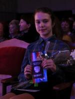 Юным горожанкам паспорта и цветы вручил главный полицейский Искитима