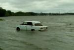 Искитимских спасателей вызвали к автомобилю посредине Обского моря