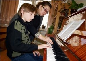 Искитимцев просят оценить качество работы Детской школы искусств и Детской музыкальной школы