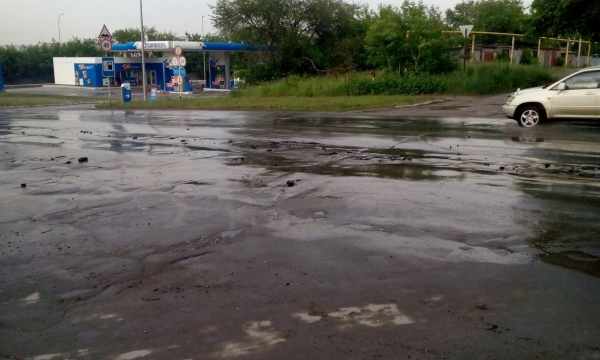 В Искитиме дождь смыл отремонтированную дорогу