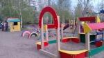 В трех детских садах Искитима игровые площадки оказались опасными