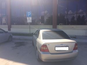 В Искитиме ГИБДД напоминает об эвакуации автомобилей за нарушение правил парковки