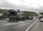 Грузовик сгорел на Чуйском тракте недалеко от Искитима