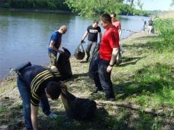 В Искитиме проходит акция «Чистый берег»