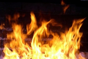 От пожаров в Искитиме пострадали сарай и баня