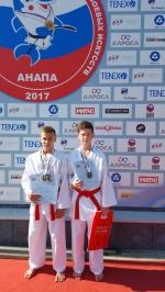 Искитимские каратисты стали призерами Всероссийских юношеских Игр боевых искусств