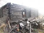 Пожар уничтожил дом в Усть-Чеме