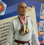Искитимцы сразились за медали Первенства области по самбо