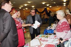 Открытие Сибирского фольклорного фестиваля прошло в Искитиме