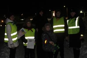 Использовать световозвращатели призывают пешеходов ЮИДовцы и инспекторы ГИБДД