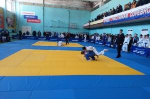 Искитимские дзюдоисты успешно выступили на региональном турнире