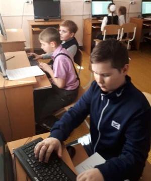 Искитимские школьники состязались в знании компьютера