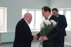 Директор ООО «Спецводоканал» Артур Шотт получил благодарность от председателя Заксобрания НСО