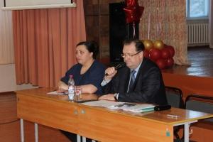 Ответы на вопросы жителей Южного микрорайона на встрече с главой города