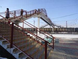 На станции Искитим перекрывают несанкционированные проходы к поездам