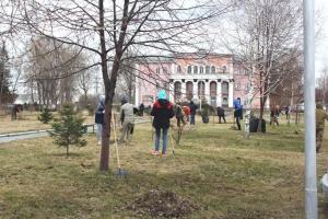 Цементники приняли участие в общегородском субботнике