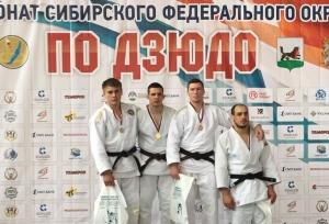 Василий Таранов одержал победу на чемпионате Сибири и стал мастером спорта