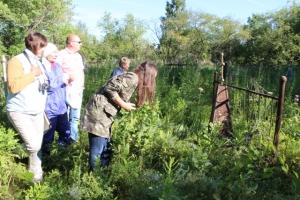 Старое искитимское кладбище: люди плакали, отыскав потерянные могилы
