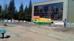 В Линеве разгорается конфликт вокруг павильона, расположенного в центре поселка