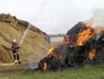 В АО «Новоозерское» сгорело почти все заготовленное сено