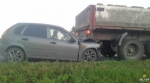 Возле поселка Линёво хэтчбек «состыковался» с грузовиком