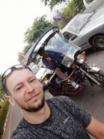Велотурист Иван Подволотских делится впечатлениями о Лаосе