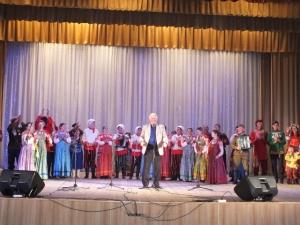 Участники Маланинского фестиваля выступили перед искитимцами