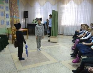 """Спектакль театральной студии """"Диалог"""" помог собрать 6160 рублей для приюта животных"""