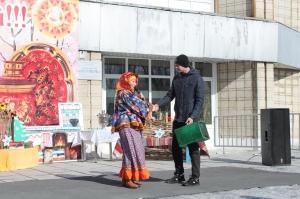 Искитимцы провожали Зиму, встречали Весну