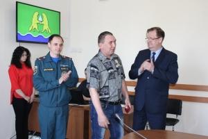 Искитимцу вручили медаль МЧС России «За спасение погибающих на водах»