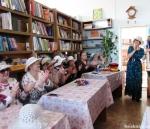 В Евсинской сельской библиотеке состоялась шляпная вечеринка «Все дело в шляпе» для женского клуба «От печали до радости»