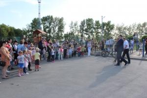 На стадионе «Заря» открыли новую детскую площадку