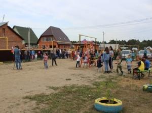 В Заречном микрорайоне ТОСы построили детские площадки