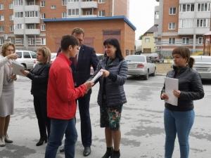 Ключи от новых квартир получили дети-сироты в Искитимском районе