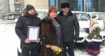 Двух новеньких «Патриотов» и «Ладу Ларгус» забрали аграрии-передовики из Искитимского района