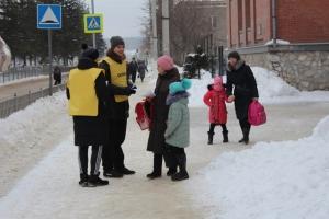 Госавтоинспекторы Искитимского района приняли участие в акции #ЛайкПешеходу
