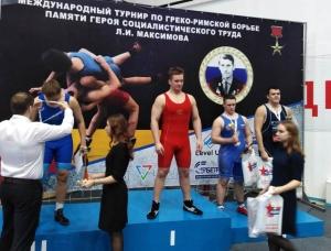 Искитимские борцы успешно выступили на международном турнире
