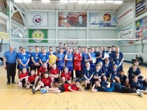 Сильнейшие волейболисты соревновались в Искитиме