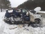 На трассе под Искитимом «Тойота» столкнулась с грузовым автомобилем