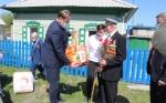 Глава Искитима Сергей Завражин поздравил ветеранов с 75-летием Победы