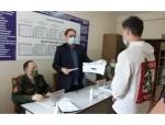 Глава Искитима Сергей Завражин принял участие в работе призывной комиссии в военном комиссариате г.Искитима