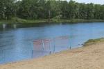 Центральный пляж к купальному сезону готов, но официально еще закрыт