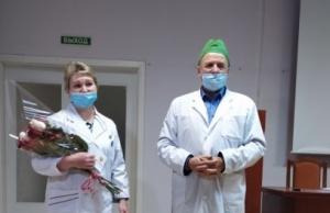 """Врач искитимской центральной городской больницы награждена почетным нагрудным знаком """"Отличник здравоохранения"""""""