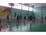"""В с/к """"Заря"""" прошел 1 тур первенства Искитима по волейболу"""