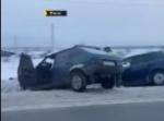 Автомобили столкнулись и съехали с дороги у ст. Евсино