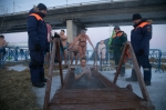 Крещенские купания в Новосибирской области прошли без происшествий