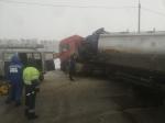 На федеральной трассе у р.п. Линево в ДТП с участием двух грузовиков одного из водителей зажало в салоне